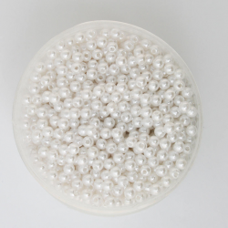 50 Perles 4mm Blanc imitation Brillant MC0104036