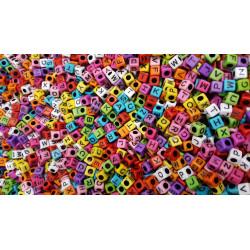 Perles Alphabet Couleur Mixte Cube 7mm Lettre Aléatoire MC0107106 - MC0107108