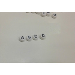 Perles Alphabet Blanche Ronde7mm x 4mm Acrylique Lettre Aléatoire MC0107111 - MC0107113