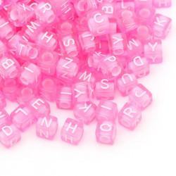200 Perle Rose Lettre Alphabet Cube 6mm Mixte MC0106119