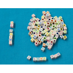 200 Perles Alphabet 6mm Blanche Ecriture Mixte Lettre Cube MC0106111