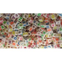 100 Perles Alphabet 6mm Blanche Ecriture Mixte Fluo Lettre Cube MC0106113