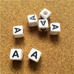 Perle Alphabet 8mm Blanc Cube Lettre au Choix