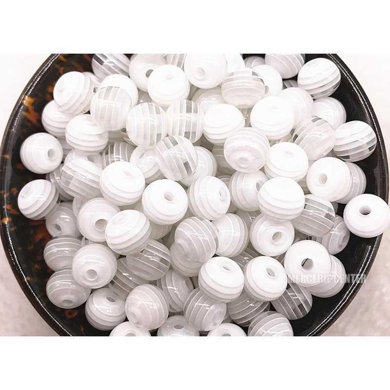 30 Perles en Acrylique Ronde Rayées Opaque 6mm Couleur Blanc