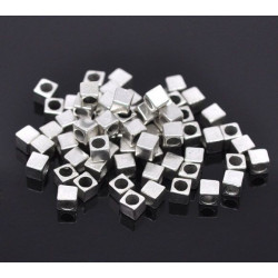 20 Perle Cube 4mm Argente Metal Trou 2,6mm