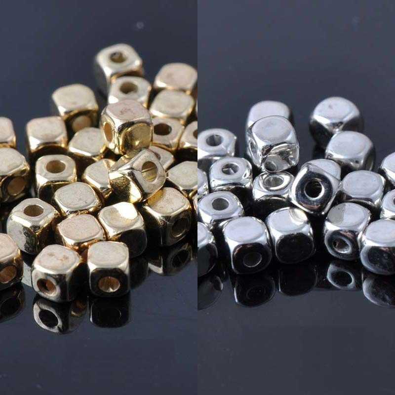 40 Perles Cube Acrylique 4mm Argenté ou Doré