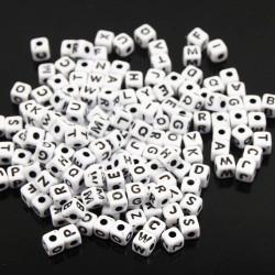 Perle Blanche Lettre Alphabet 5mm Cube MC0105100-1